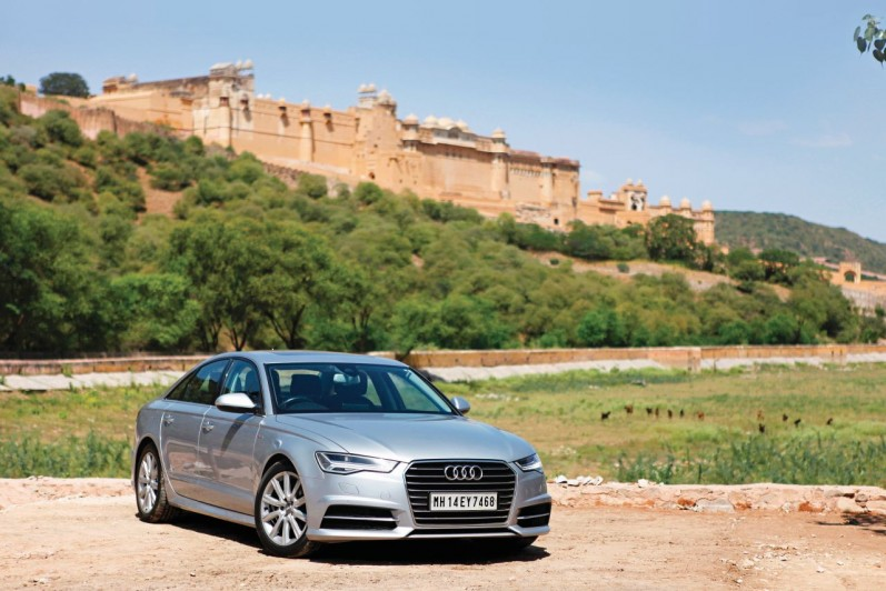 Driving the Audi A6 from Jaipur to Pune - Posing with an Indian Elephant-FB2