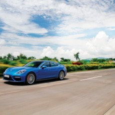 Porsche Panamera Turbo Road Test Review – Ballistic