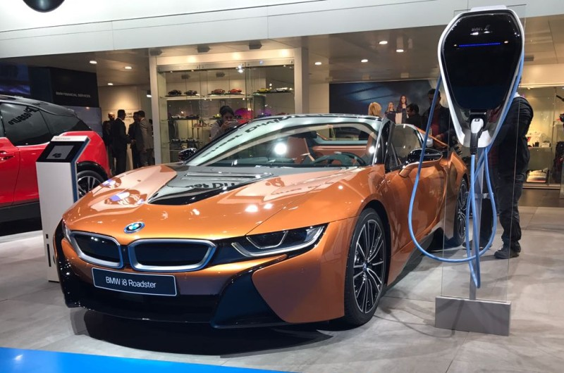 Auto Expo BMW i8 web