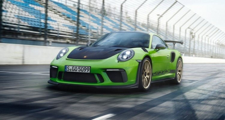 Porsche 911 GT3 RS Out of the Shadows