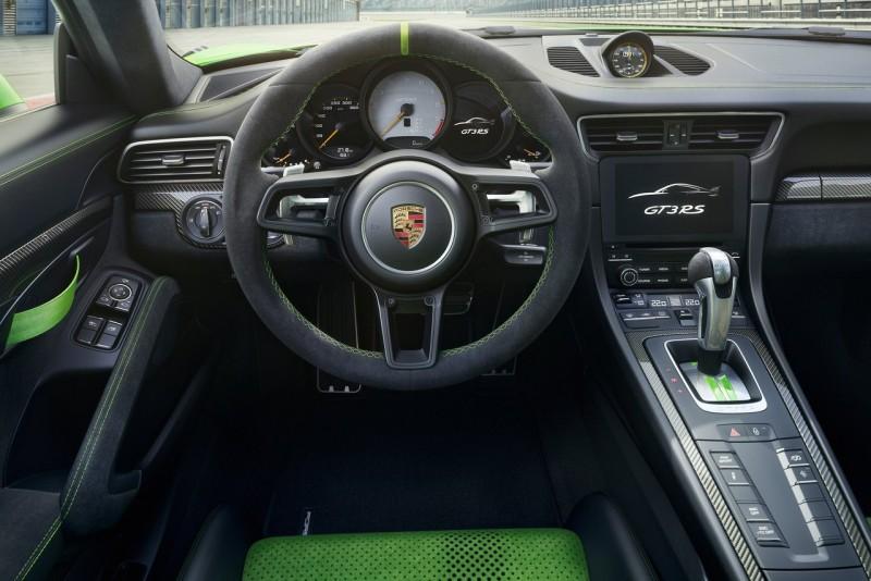 Porsche 911 GT3 RS web 2