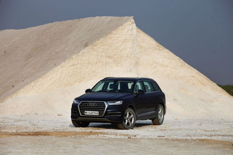 Audi Q7 to Rann of Kutch 9