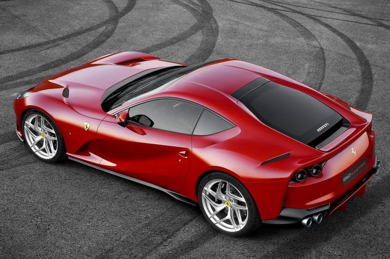 Ferrari 812 Superfast web 2