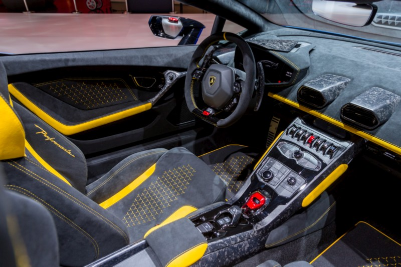 Lamborghini Huracan Performante Spyder 4 web