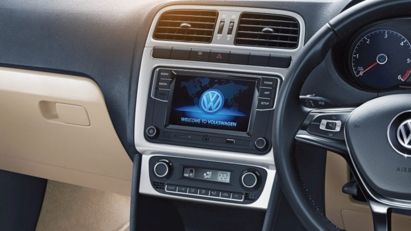 Volkswagen Polo interior web