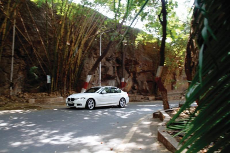 BMW 330i M Sport web 6
