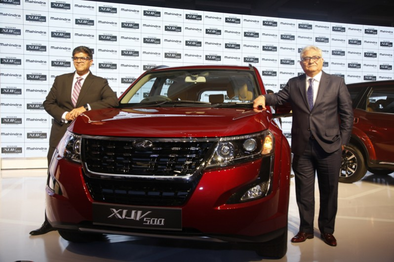 New Mahindra XUV 500 Launched from Rs 12.32 lakh Onward