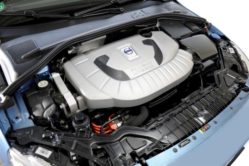 Motorraum, Motor D6 AWD