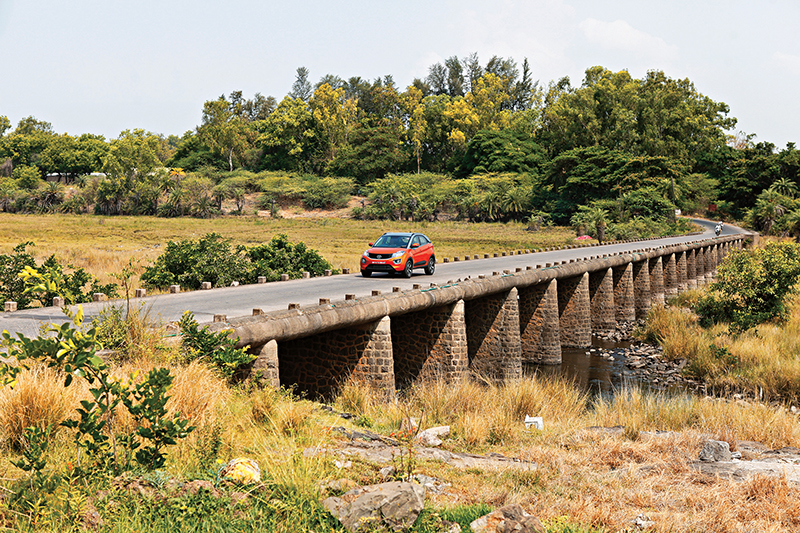 New Tata Nexon AMT Review Car India M8