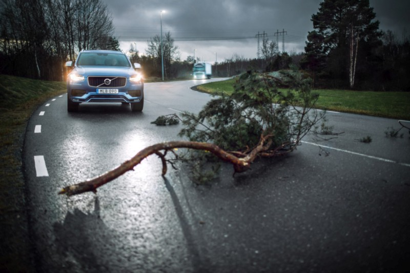 Volvo Cars and Volvo Trucks share live vehicle data