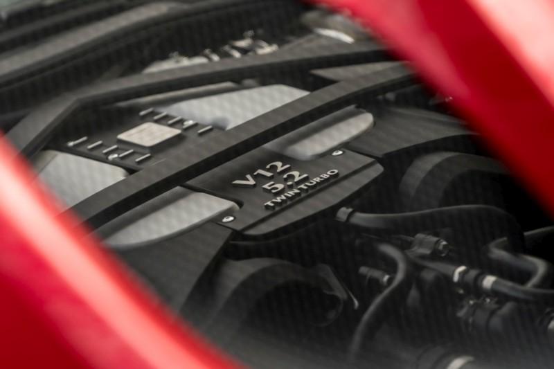 Aston Martin DBS Superleggera 4 web