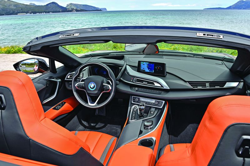 BMW i8 Roadster (3)