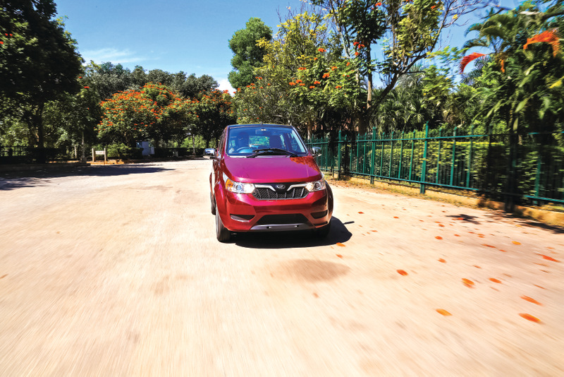 Mahindra Electric Collaborate with Zoomcar for e2oPlus in Pune
