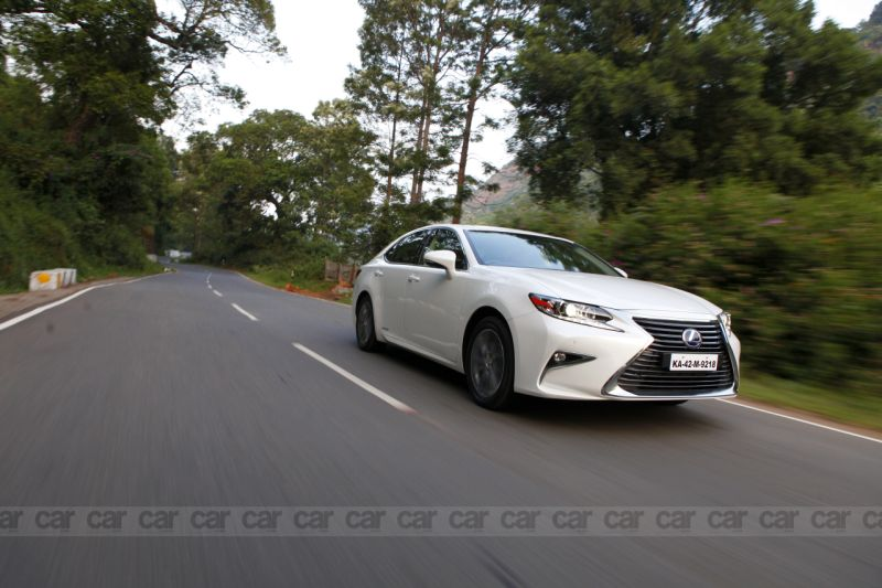 Lexus ES 300h – First Drive Review