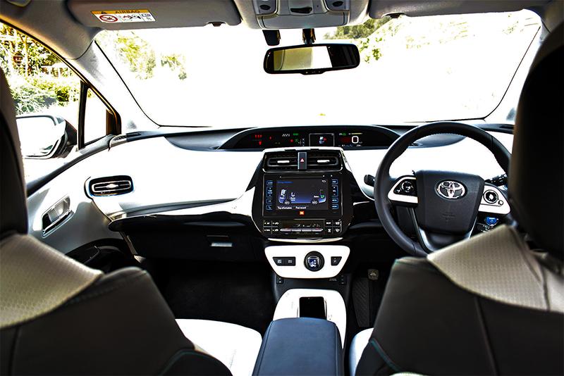 Toyota Prius Interior_WEB