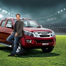 Cricketer Jonty Rhodes Endorses Isuzu D-Max V-Cross in India
