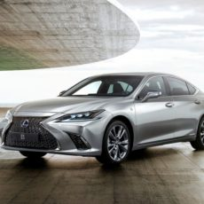 New Lexus ES 300h Launched in India