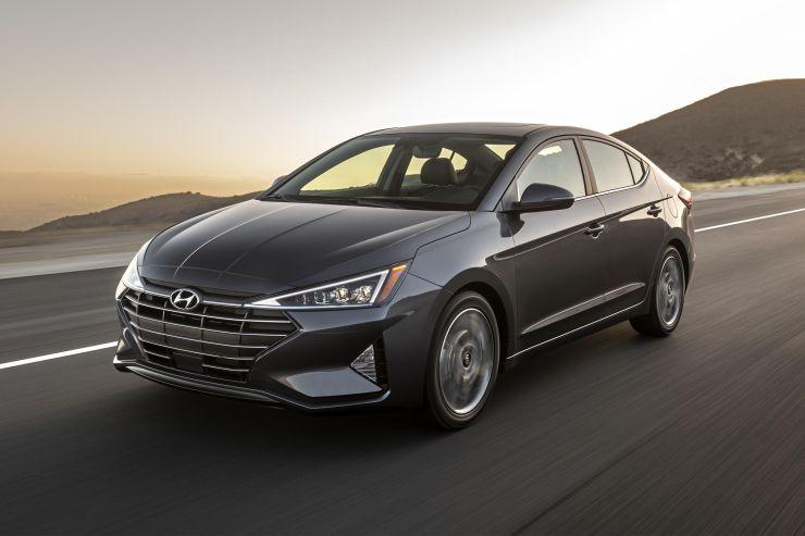 Hyundai May Have Maruti Nexa Like Showrooms In India Car India