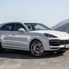 Third-gen Porsche Cayenne Launched