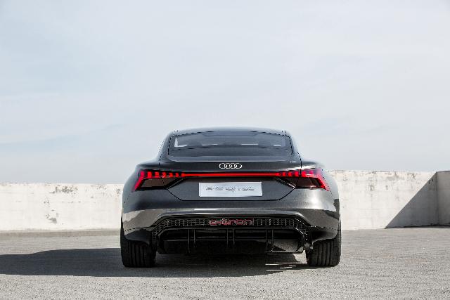 Audi e-tron GT concept #LA2018