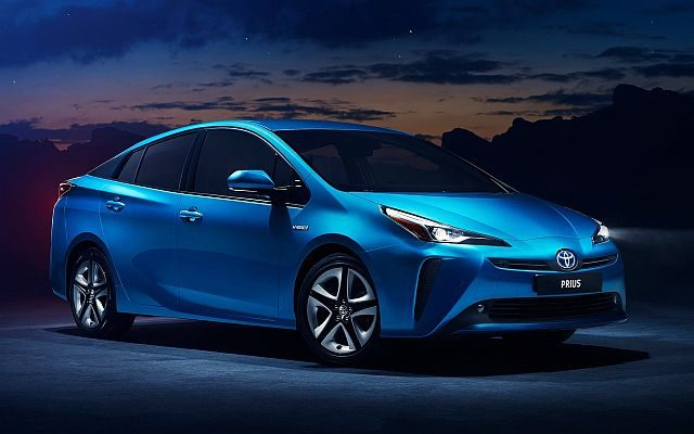 #LA2018 New Toyota Prius Introduced