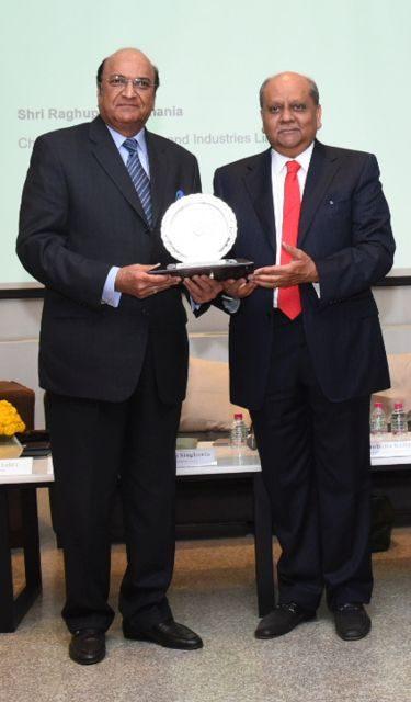 Dr Raghupati Singhania Awarded Lifetime Achievement Award 2019