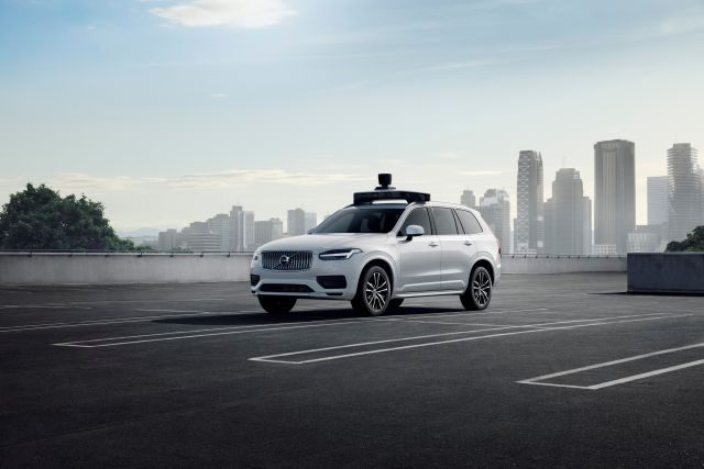 Volvo and Uber self driving car