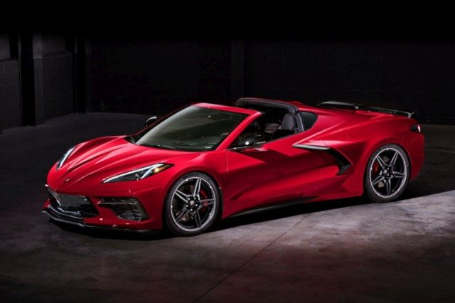 Mid-engined New Chevrolet Corvette Stingray Revealed