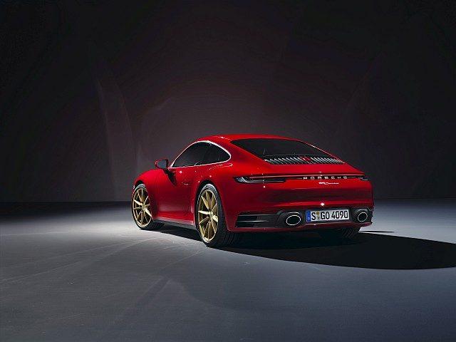 Porsche 911 Carrera Coupe back WEB