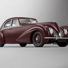 Re-creating the 1939 Bentley Corniche