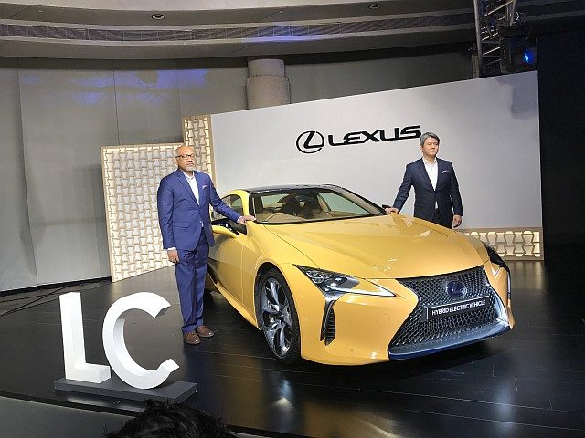 Lexus LC500h WEB