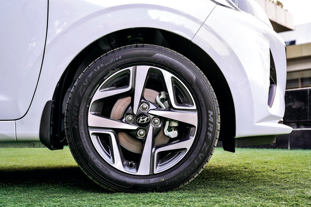 Hyundai Aura wheel