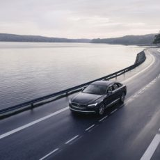 New Volvo Cars Now Have 180-km/h Speed Limit and Care Key