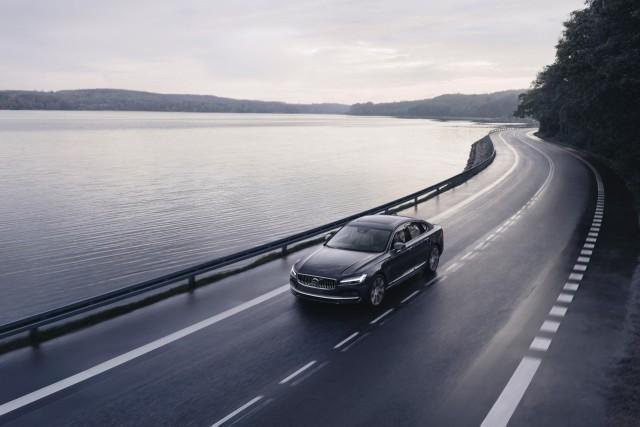 Volvo Speed Limit S90