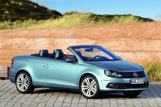 convertible car Volkswagen Eos