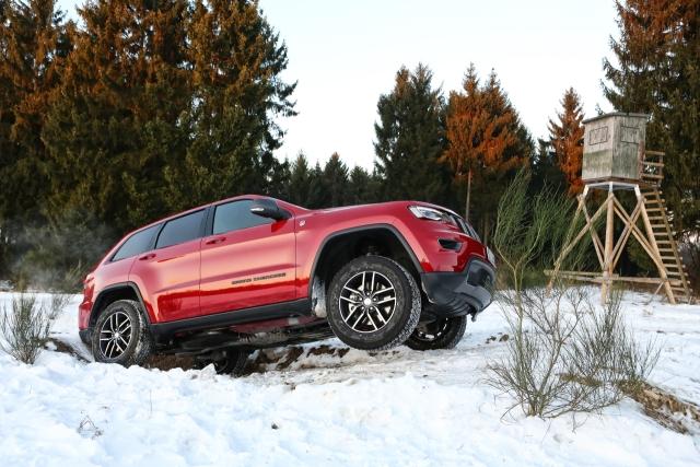 2020 Jeep Grand Cherokee Trackhawk
