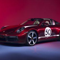 Porsche 911 Targa 4S Heritage Design Edition Leads Throwback