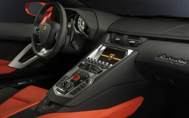 Hyundai iMT Lamborghini Aventador ISR Automatic