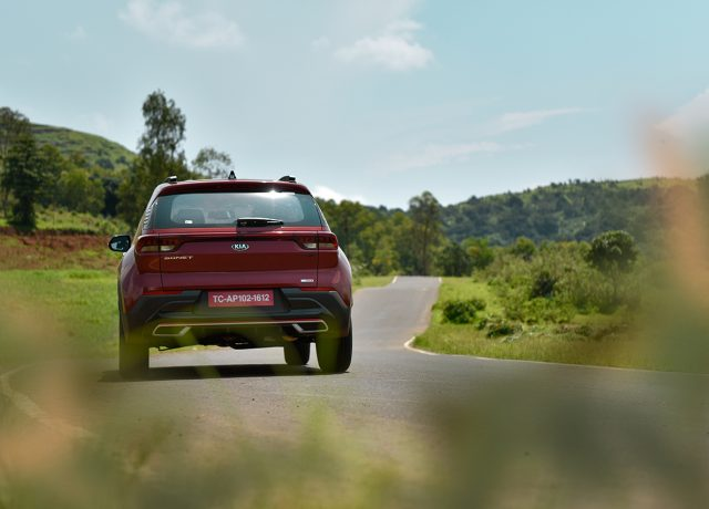 Driving review of Kia Sonet by car India
