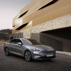 The New Kia K8 – Sport in a Sedan