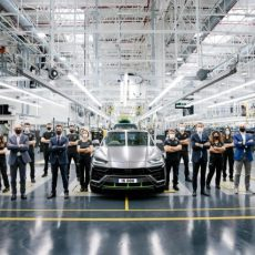 Automobili Lamborghini Urus Celebrates 15,000 Production Units