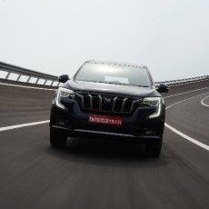 Mahindra XUV700 AX7 Seven-Seater SUV Review